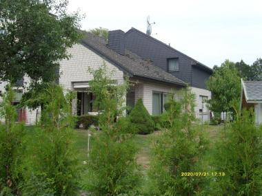Einfamilienhaus mit Einliegerwohnung in 31303 Burgdorf