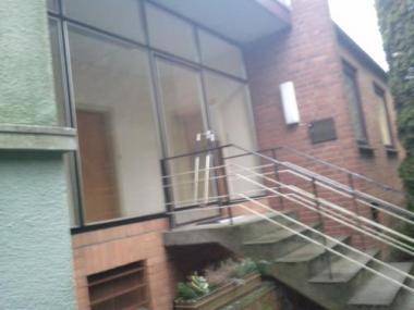 Wohn- und Geschäftshaus in verkehrsgünstiger Lage: