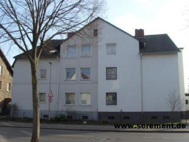 Gut vermietetes Mehrfamilienhaus mit 6 Wohnungen, 5-Garagen und 5-Stellplätzen