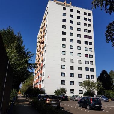 Top gepflegte 3 Zimmerwohnung mit Balkon in Neustadt zu kaufen