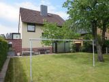 Neustadt Otternhagen, Wohnen über 2 Etagen + Vollkeller, Balkon, Garten und Garage